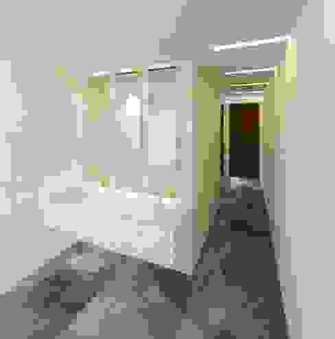 Acceso damas 2: Centros Comerciales de estilo  por Árbol Arquitectura