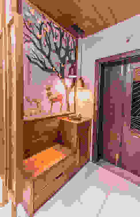 Foyer Inklets studio Modern corridor, hallway & stairs Wood Brown