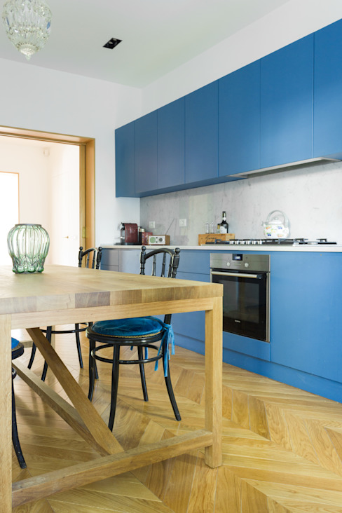 Arbit Studio Built-in kitchens Wood Blue