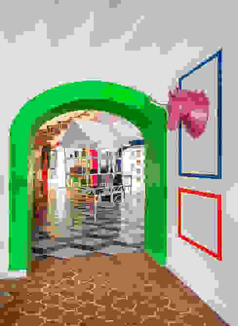 Hall de entrada Guille Garcia-Hoz, interiorismo y reformas en Madrid Espacios comerciales de estilo ecléctico Cerámico Verde