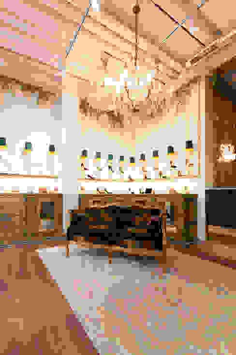 Ayuda en la elección y compra de mobiliario Oficinas y tiendas de estilo ecléctico de Interioristas Dimeic, diseñadores y decoradores en Madrid Ecléctico