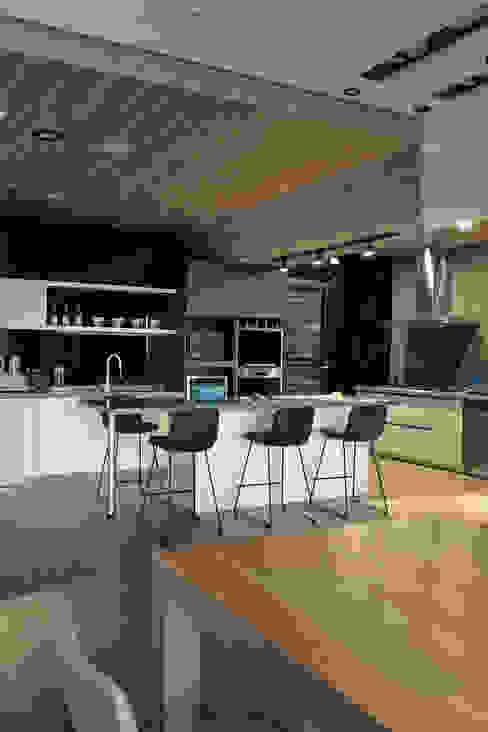 由鉅三希 5F 台中室內設計-築采設計 現代廚房設計點子、靈感&圖片