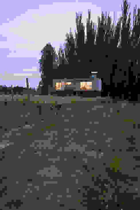 Vivienda Ecoloft Curicó Casas estilo moderno: ideas, arquitectura e imágenes de INFINISKI Moderno