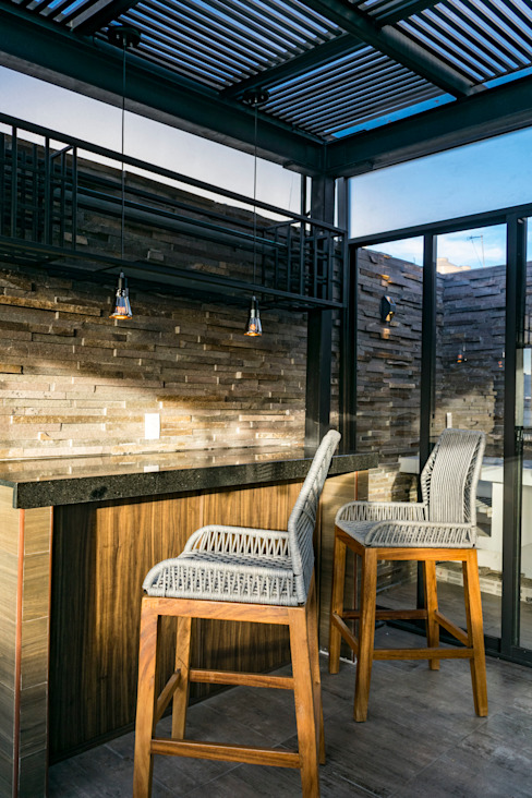 Barra AU Lab Balcones y terrazas eclécticos Acabado en madera