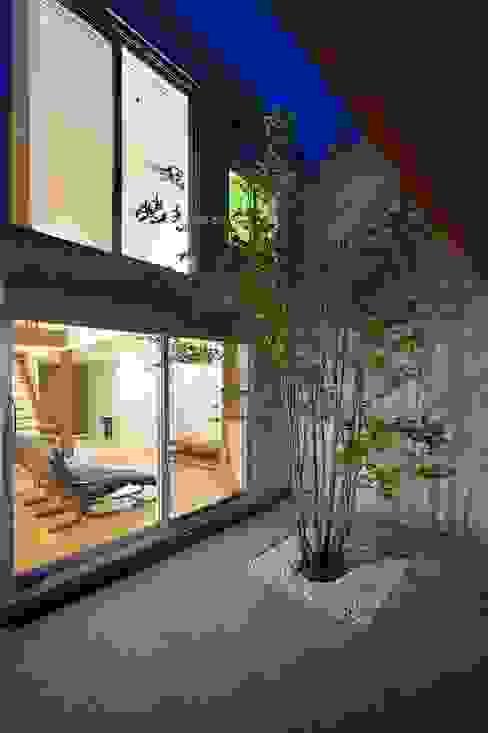 中庭が映える家 pickup の 空間工房株式会社 オリジナル
