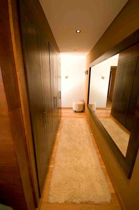 Closets por Fabiana Ordoqui Arquitectura y Diseño. Rosario | Funes |Roldán Moderno Madeira Efeito de madeira