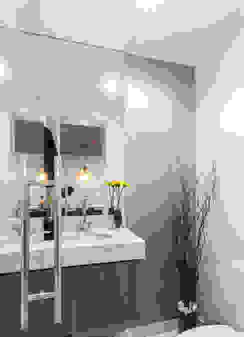 MIRANTE DA PRAÇA ANF ARQUITETURA Banheiros modernos