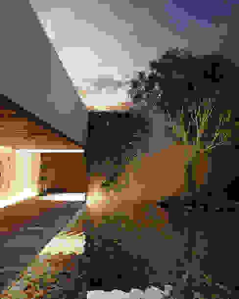 Patio M Maquita Arquitectos Jardines modernos