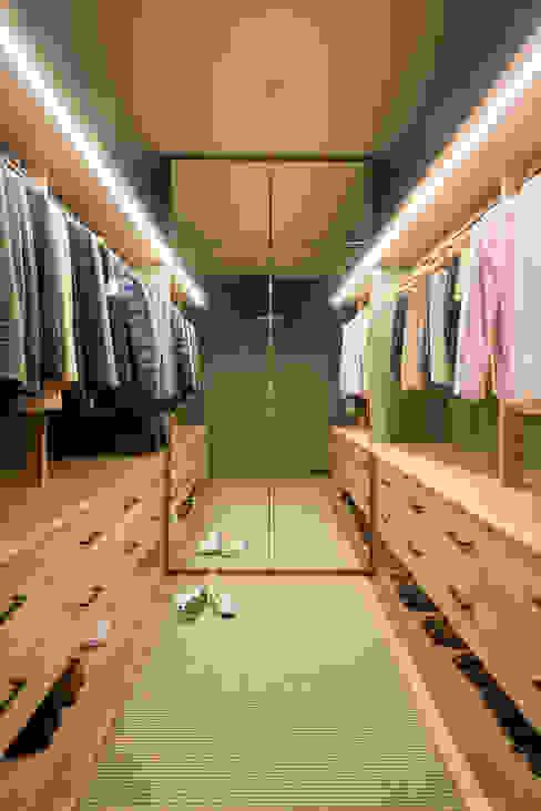 THE ROOM & CO interiorismo Phòng thay đồ phong cách hiện đại