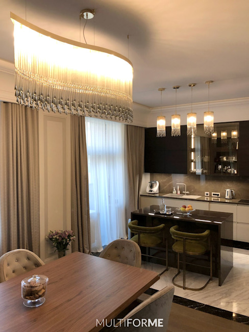 Design chandeliers for kitchen and living room in a flat in Moscow. by MULTIFORME® lighting Класичний