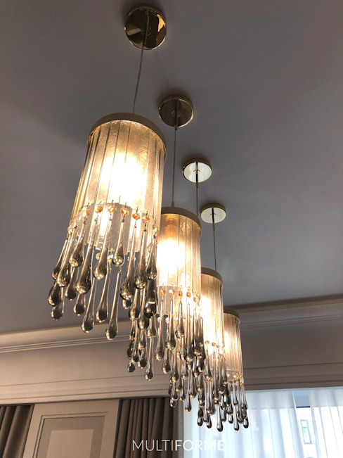 Design chandeliers for kitchen and living room in a flat in Moscow. Classic style dining room by MULTIFORME® lighting Classic