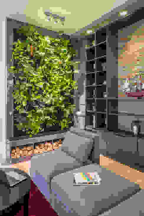 Living Green Wall Moderne Bürogebäude von Kaldma Interiors - Interior Design aus Karlsruhe Modern