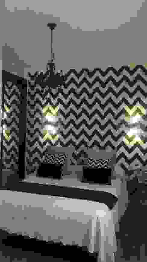 HABITACION PRINCIPAL DE MATRIMONIO EN BLANCO Y NEGRO Dormitorios de estilo moderno de ESTUDIO LORO BLANCO - L.B. DESIGN Moderno