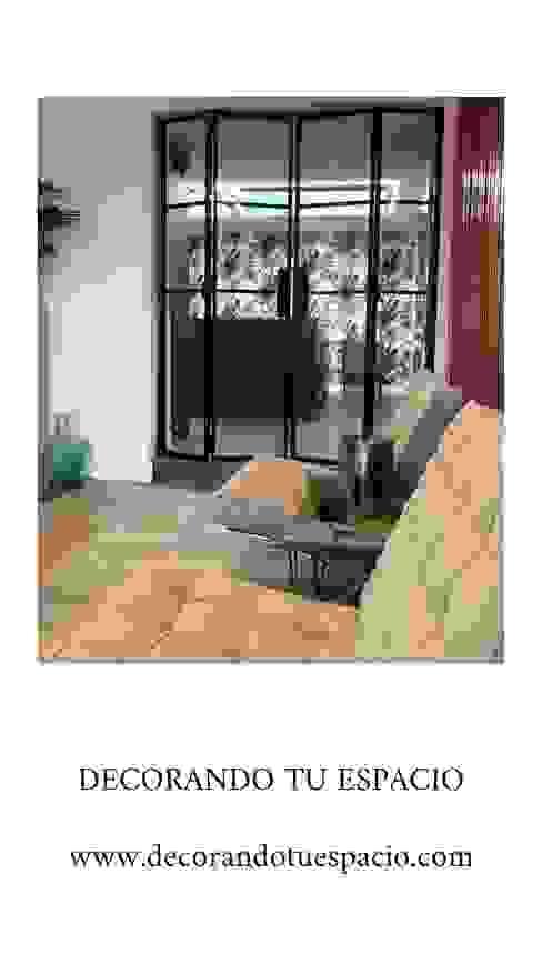 Reforma integral viviendas. Salones de estilo moderno de Decorando tu espacio - interiorismo y reforma integral en Madrid. Moderno Madera maciza Multicolor