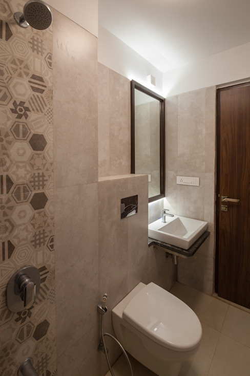 1 BHK residence. Minimalist bathroom by Sagar Shah Architects Minimalist