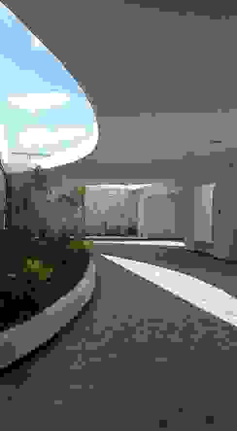 by Bauzen Arquitectura