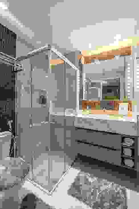 Banheiro sob medida:   por Espaço Arquitetural | Arquitetos em Natal,Moderno MDF