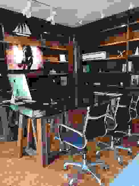 Oficina principal Estudios y despachos modernos de doblev.arq Moderno