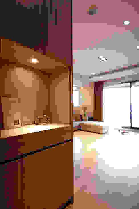 環環相扣 耀昀創意設計有限公司/Alfonso Ideas 斯堪的納維亞風格的走廊,走廊和樓梯