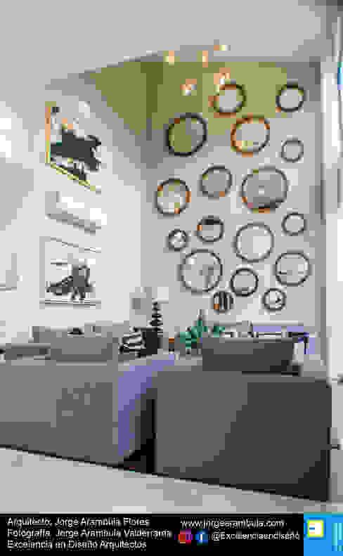 Casa Lagos 94: Salas de estilo  por Excelencia en Diseño, Moderno
