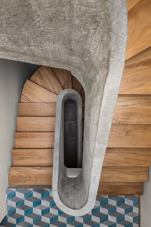 estudio atemporal Stairs
