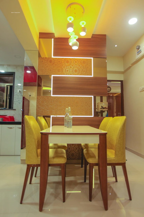Dining room Layout:  Dining room by Square 4 Design & Build,