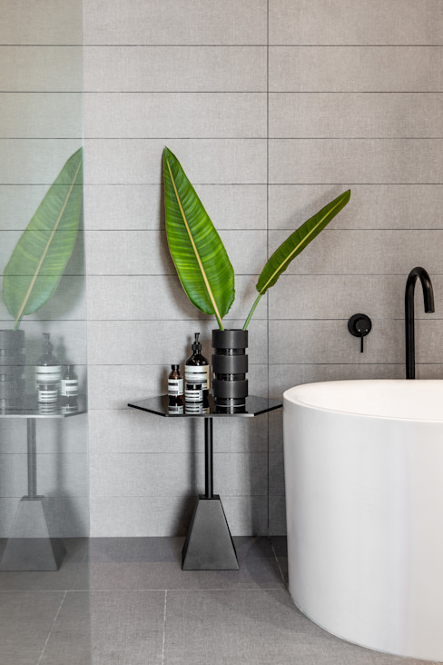 152 Waterkant Minimal style Bathroom by GSQUARED architects Minimalist