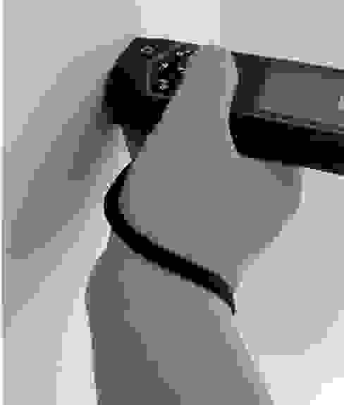 智慧型測距儀的數據會自動導入手機中 知森數位開發有限公司