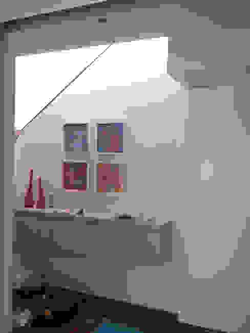 根據 Fabiana Ordoqui Arquitectura y Diseño. Rosario | Funes |Roldán 簡約風