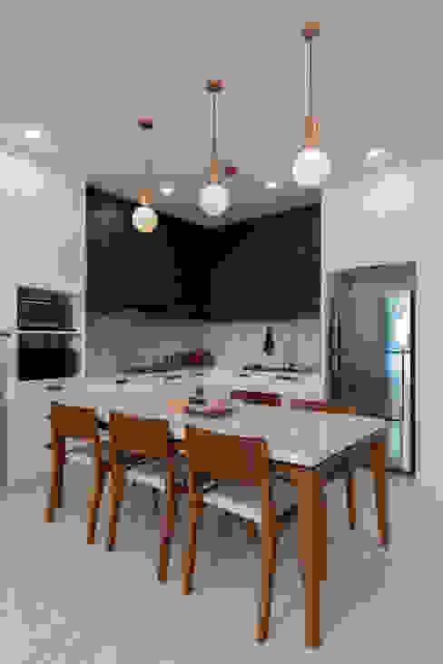 Dining Rooom Ruang Makan Minimalis Oleh TIES Design & Build Minimalis