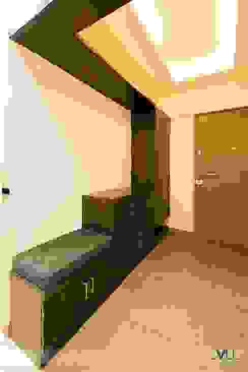 Entrance Lobby VU Design Studio Modern corridor, hallway & stairs