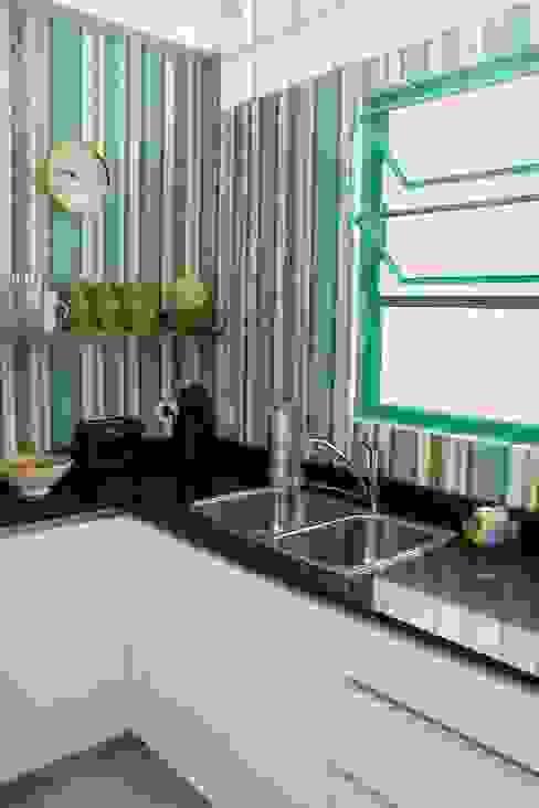 Cocina en Villa Devoto Cocinas modernas: Ideas, imágenes y decoración de Compañía de Mosaicos Moderno