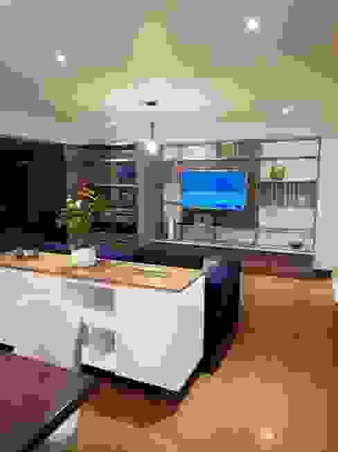 Vista Sala : Salas/Recibidores de estilo  por Alicia Ibáñez Interior Design
