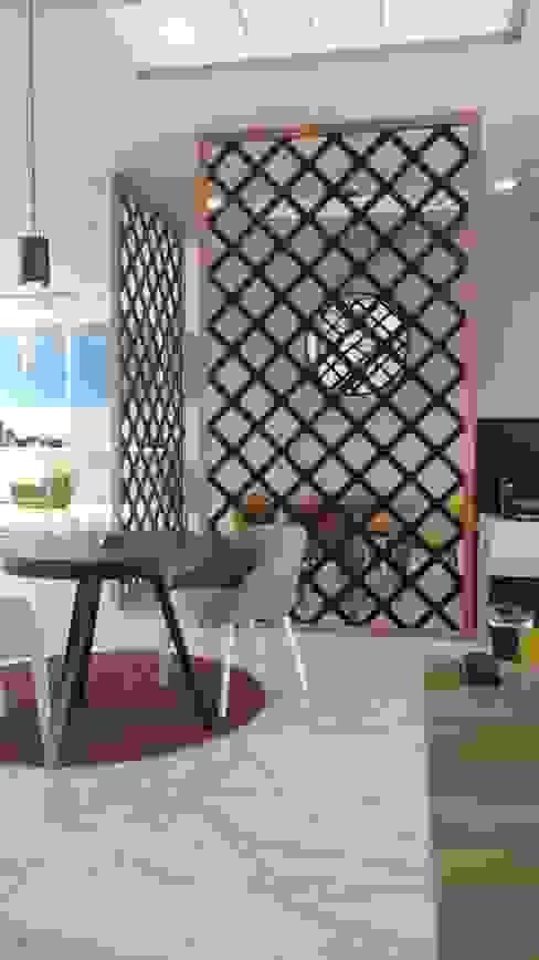 Celosías para centro de negocios Hoteles de estilo moderno de UKU celosias Moderno Tablero DM