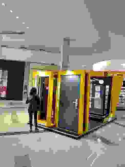 Góndola de Shopping - Paso del Bosque Rosario: Shoppings y centros comerciales de estilo  por Faerman Stands y Asoc S.R.L. - Arquitectos - Rosario,Moderno