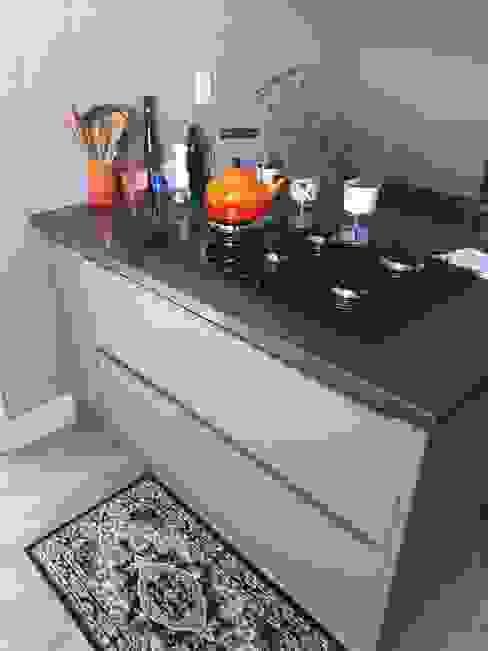 Cozinha por moveis prisma & moveis bamberg Moderno MDF