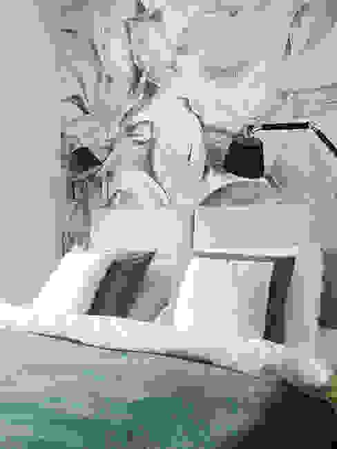 Apartament w pastelach Nowoczesna sypialnia od Belleville projektowanie wnętrz Nowoczesny
