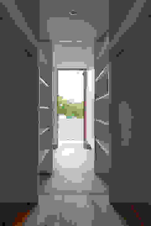 douce モダンスタイルの 玄関&廊下&階段 の yuukistyle 友紀建築工房 モダン