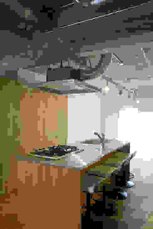 アイランドキッチン オリジナルデザインの キッチン の モノスタ'70 オリジナル