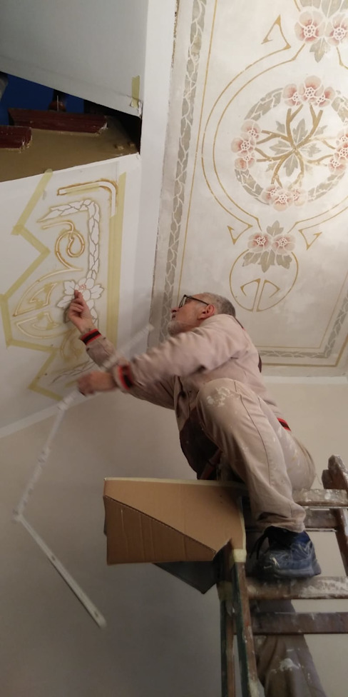 Das Treppenhaus wird restauriert ab-design GmbH Modernes Messe Design