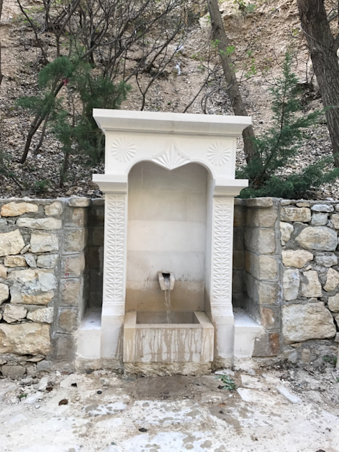 Taşcenter Acarlıoğlu Doğal Taş Dekorasyon – Elazığ Taşı Meydan Çeşmesi: modern tarz , Modern Granit
