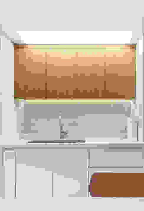 Kitchen by 모아디랩