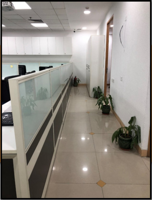 Corridor:  Offices & stores by Ecoinch Services Private Limited,Modern