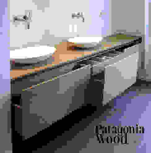 VANITORY 3 CAJONES de Patagonia wood Moderno Derivados de madera Transparente
