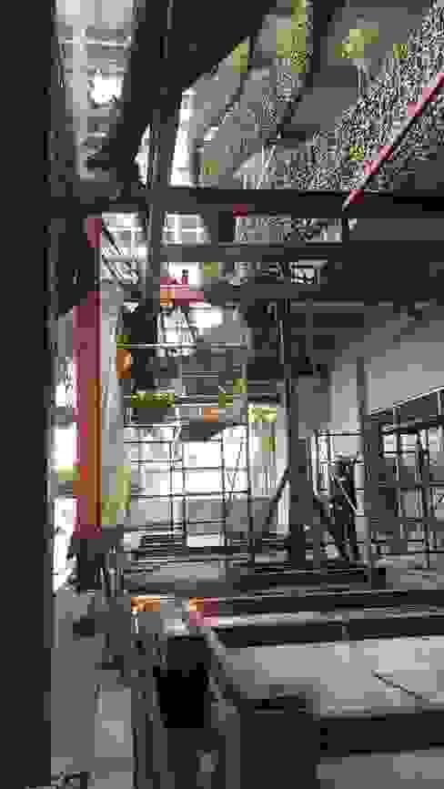 Rado Construye Patios Iron/Steel Black