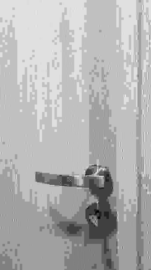 Doors by studioQ, Modern