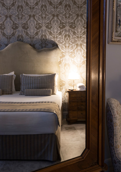 Interior Designe - Bedroom Classic hotels by ARTE DELL' ABITARE Classic