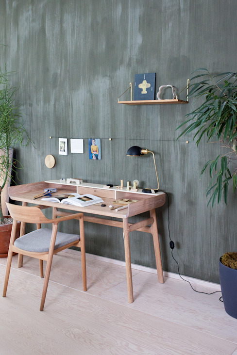Pure & Original Eclectic style study/office