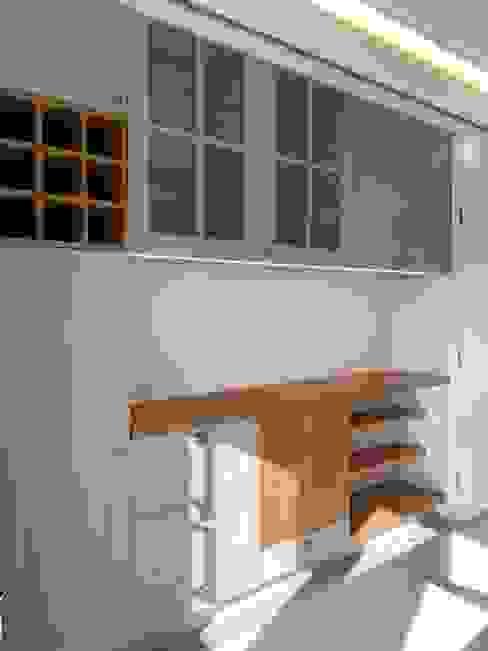 Cozinha Cozinhas modernas por CSR - Construção e Reabilitação em Lisboa Moderno