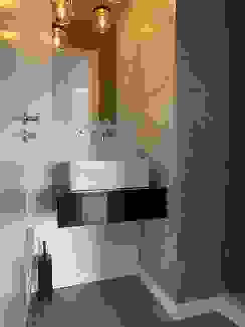 Baños modernos de CSR Moderno